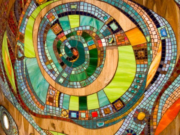 Coffeeshop Amsterdam Abraxas Mozaïek Siomara van Eer MosaicAffairs mosaic art in opdracht weed hash