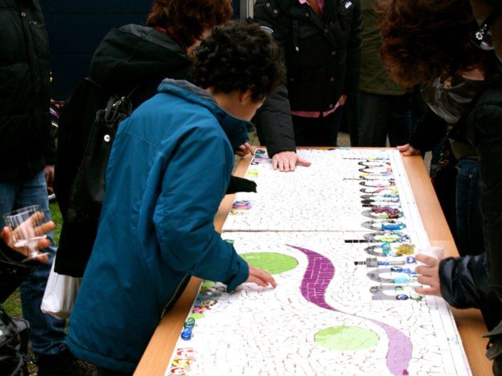 mozaïeken met leerlingen van scholen MosaicAffairs mozaïek workshop op locatie